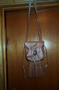 BLACK POWDER MOUNTAIN MAN S.W. BEAVER TAIL  LEATHER POSSIBLE BAG