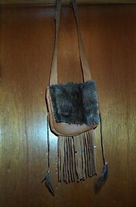BLACK POWDER MOUNTAIN MAN MUSKRAT PELT  LEATHER POSSIBLE BAG