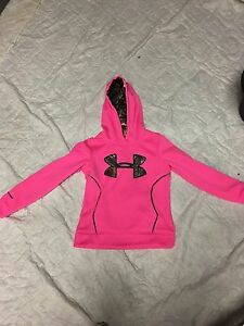 Girls under armour storm realtree pink camo hoodie-size youth medium