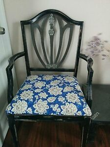 Beautiful distressed chair-table set