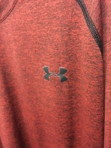 under armour Sports Top T Shirt Mens Red Maroon Black Size Loose Fit XL
