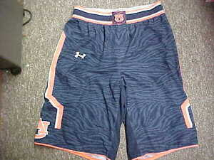 NCAA 2014 Auburn Tigers Game Worn Navy Under Armour Basketball Shorts Size- XLT