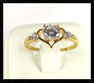 White Topaz simulated gemstone ladies yellow gold filled ring size 7.5 R*16957