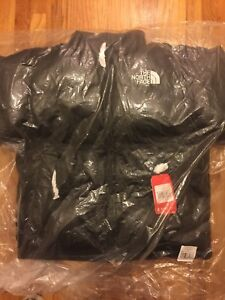 Supreme x The North Face Leather Nuptse Jacket FW17 – Black – Medium