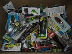 LOT OF 10 MIXED FISHING LURES BRAND NEW IN THE FACTORY PACKAGE SEE LIST BELOW