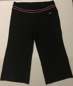 Nike XSmall Dri-Fit Black Legend Capri Regular Fit Style Womens