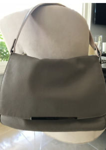 DESIGNER FABIANA FILLIPI TAUPE LEATHER SHOULDER BAG