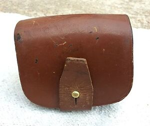 VINTAGE WW2 ORIGINAL LEATHER HAND MADE CARTRIDGEBULLET HOLDING POUCH  CASE