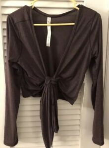 Lululemon Tied To It Wrap!!! NWT Size 8