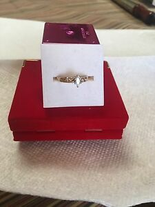 Ladies Marquise 14k Gold Diamond Engagement Ring