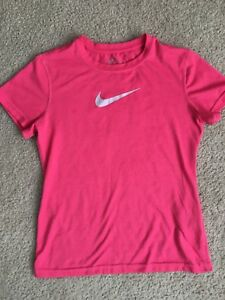 EUC Girl's Nike Dry-Fit Hot Pink T-Shirt Size L