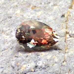 GREEN-TEAL-PEACH MULTICOLOR MYSTIQUE OREGON SUNSTONE 1.99Ct FLAWLESS-RARE GEM!