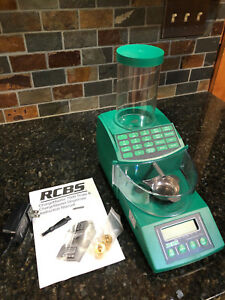 RCBS Charge Master 1500 - Scale & ChargeMaster Trickler Dispenser; Hardly Used
