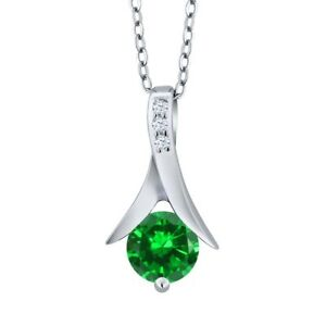 1.56 Ct Round Green Simulated Emerald White Topaz 925 Sterling Silver Pendant