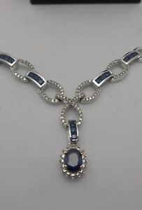 Elegant And Beautiful Natural  Blue Sapphire In White Gold Necklace
