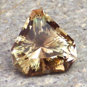 GREEN-WALNUT-PEACH MULTICOLOR OREGON SUNSTONE 7.23Ct CLARITY VVS1-FOR JEWELRY!