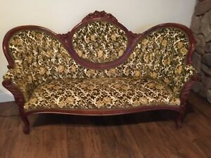 Antique Victorian Green Sofa Settee Carved Wood Vintage very pretty rose wood.