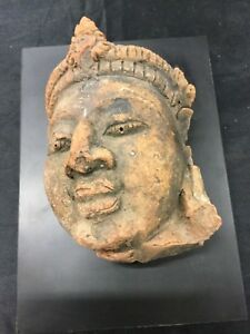 """INDIA A RED SANDSTONE HEAD OF """"BUDDHA """"??? ANTIQUE"""