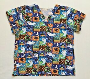 Halloween Trick Or Treat Scrub Top V-neck Short Sleeve Size SM