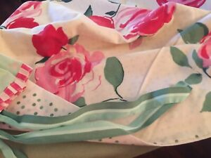 Grandmas Estate Pakistan Standard Roses Pillow Cases Pair 4086)