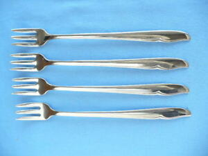 Oneida Deluxe ss Profile set of (4) Sea Food / Cocktail Forks