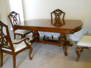 Beautiful Carved Dining Set Table and 4 Chairs