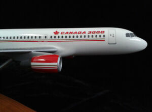 PACMIN CANADA 3000 AIRBUS A320-200 AIRPLANE DESK JET AIR MODEL 1:100