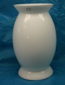 White Glass Vase Idalion design Alessandro Mendini 1998 executed by Venini
