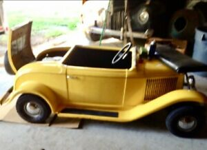 Shriners parade car yellow good cond