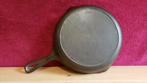 Martin Stove and Range Co. #8 Skillet Unmarked Cast Iron