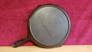 Wagner Ware #8 Shallow Skillet 3 Hole Handle Early Version Stylized Logo