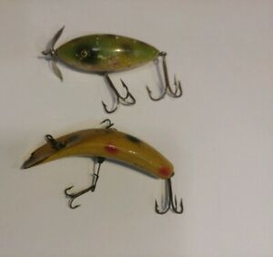 Vintage Wooden Fishing Lures LOT of 2 Qty
