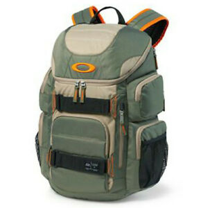 Oakley Enduro 30 Backpack Worn Olive for 17