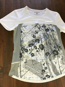 BROOKS Women's T Shirt.  White and Gray Floral Flowers Print Running Equilibrium