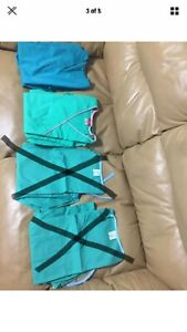 Womens Scrubs Lot Of 5 Size XS 4 And Small 1