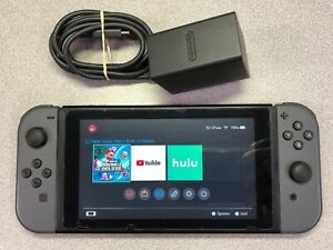 Nintendo Switch 32GB Gray Console (with Gray Joy-Cons) - FAST SHIPPING! See Pics