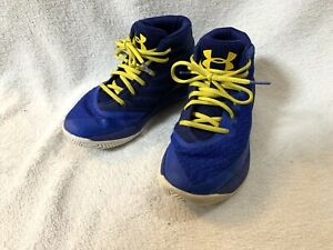 Under Armour Boys 2.5y Blue Yellow High Top Basketball Shoes
