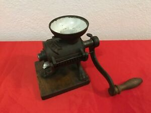 CAST IRON VINTAGE GRINDER MILL GERMAN DRP COFFEE GRAIN SEED SPICES FRUITS L-No.3