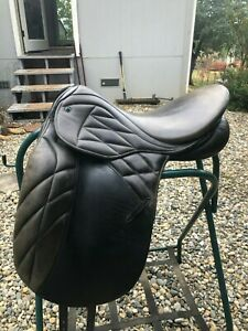 Stubben Scandica Nova Dressage Saddle very good condition.