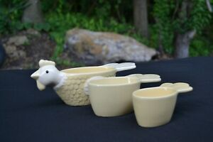 THT Design Cemaic Farmhouse Chicken Nesting Measuring Cups 3 Pieces