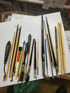 Vintage artist brushes and tools lot Winsor amp; Newton etc all pre owned E4 $45.00