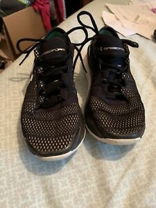 Under Armour Speedform Charger Womens Black White Run Fast Shoe Size 7.5 Look $22.00
