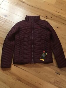 Womens Under Armour Coldgear Reactor Jacket S small $200 Burgundy Red Maroon $79.99