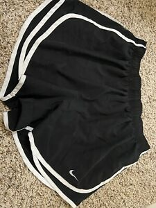Nike Women's Black Size XL Running Tempo Activewear Shorts $10.50