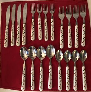 20 PC STAINLESS STEEL FLATWARE SET WHITE PLASTIC HANDLES WITH FLORAL DESIGN