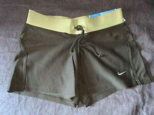 NWT AUTHENTIC WOMEN'S NIKE FITDRY RUNNING FITNESS TRAINING SHORTS SIZE X SMALL $7.99