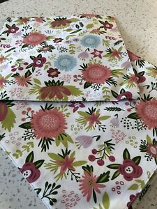 Set Of 8 Cynthia Rowley Floral Placemats $7.00