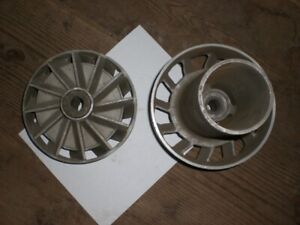 TWO USED unidentified OMC Test Wheel Propellers for Johnson Evinrude CN SHLF $199.95