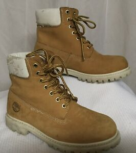 Timberland Boots Rugged Sole Hiking Every Day Wear Brown Suede Women's Size 7 M