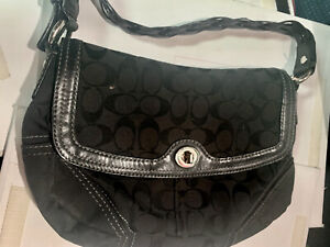 AUTHENTIC COACH BLACK PURSE WITH BRAIDED HANDLE